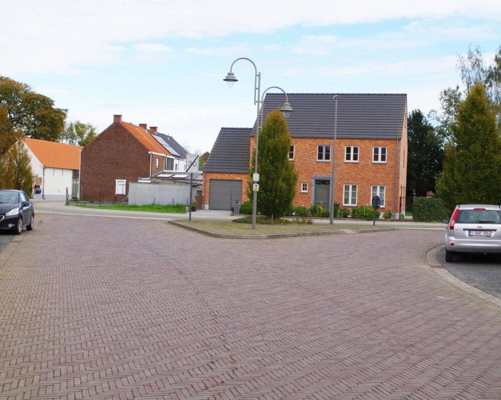 Zingem: wegen- en rioleringswerken Dompel, Dorpsstraat, Omgangstraat